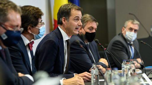 Kerst als grote inzet van een Overlegcomité: tegenover MR, PS en CD&V staan premier en Vandenbroucke