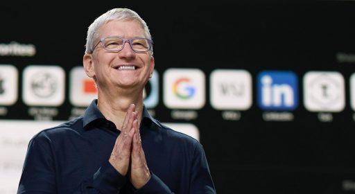 Apple-CEO krijgt 38 miljoen dollar in aandelen als hij nog vijf jaar aan boord blijft