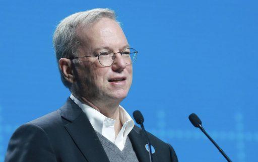 Ex-CEO Google: 'Sociale media die als megafoon dienen voor idioten en gekken was niet ons origineel plan'