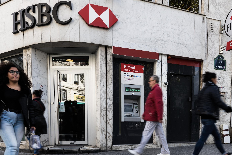 Britse grootbank HSBC boekt 65 procent minder winst in eerste jaarhelft