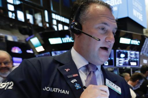 Hoop op stimuluspakket houdt Wall Street nipt op het droge