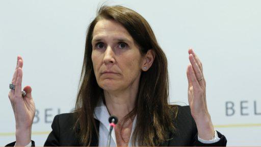 Wilmès II leunt op experts om eigen relanceplan te legitimeren, in Kamer vliegt het geld de deur uit