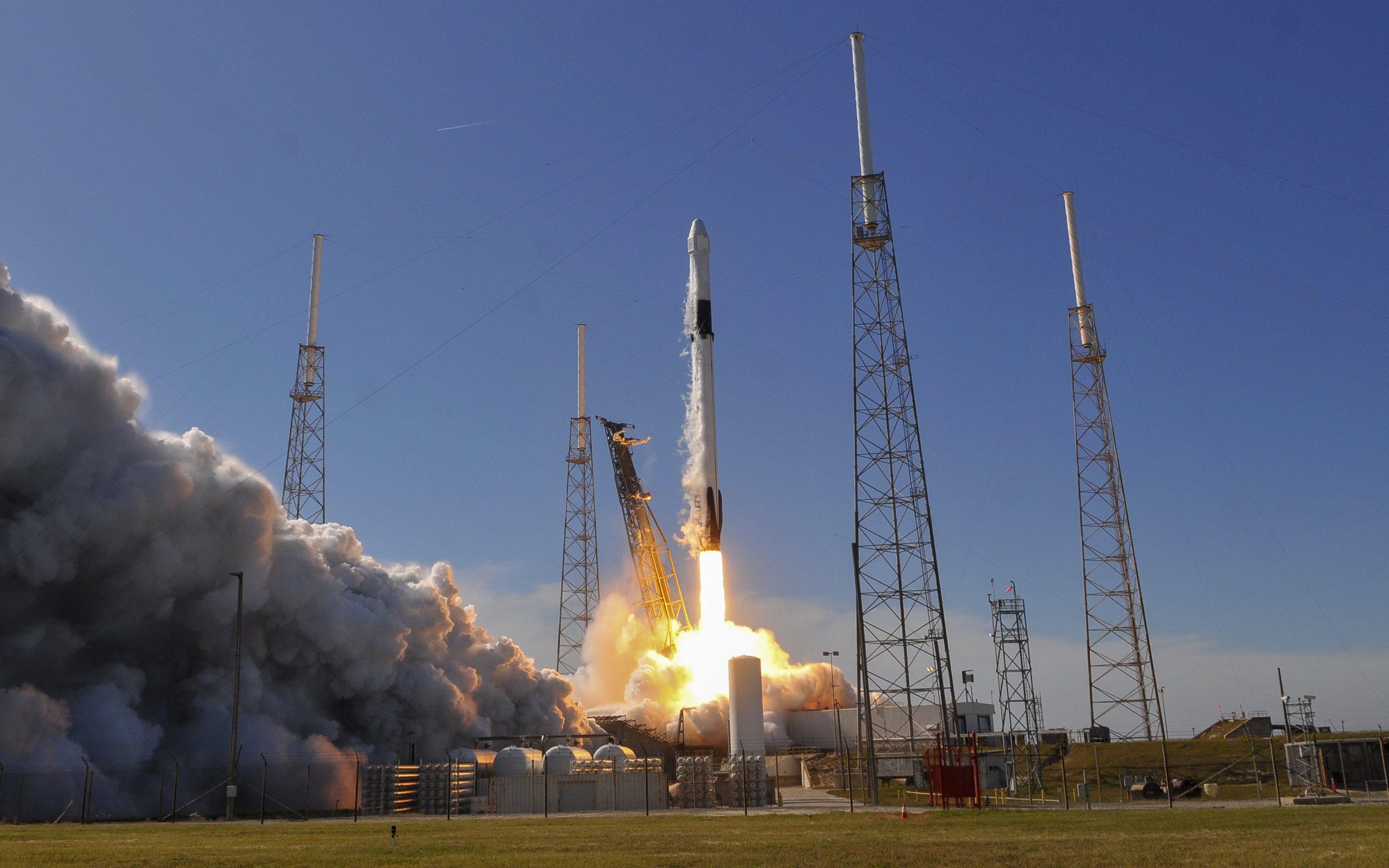SpaceX a lancé des 'souris puissantes' génétiquement améliorées sur la Station spatiale internationale lors d'une mission de ravitaillement.