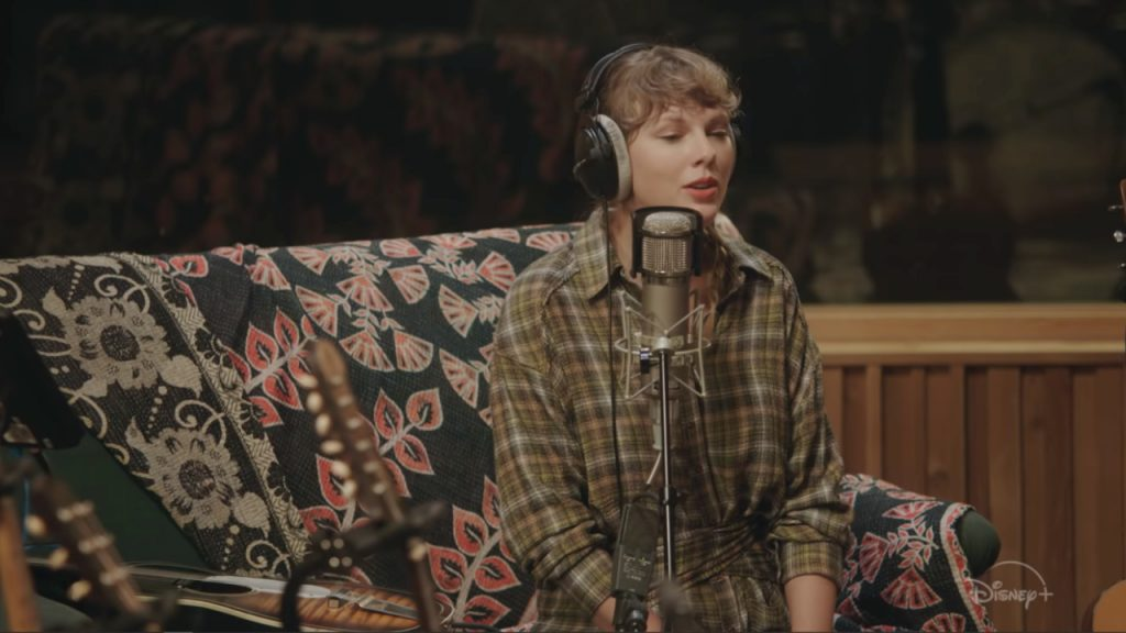 Taylor Swift verrast met concertfilm 'folklore' op Disney+