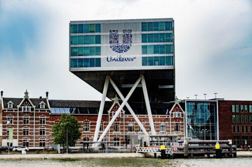 Dreigende 'vertrekbelasting' van 11 miljard houdt Unilever mogelijk toch in Nederland