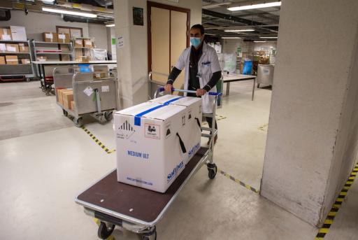 Retards dans la livraison des vaccins: les nouvelles promesses de Pfizer