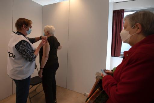 Druk Covid-19 op Belgische ziekenhuizen neemt verder af