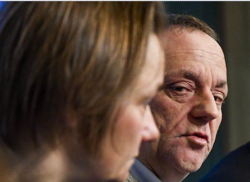 Belgische corona-experten in gezamenlijke oproep: 'Laat ons het Duitse voorbeeld volgen'