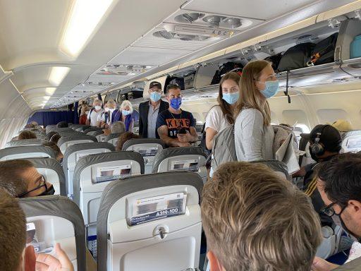 Luchtvaart teert op lastminutes en binnenlands verkeer in coronatijden