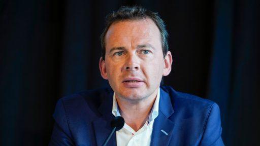 Beke zwaar onder vuur in Vlaams Parlement: coronacommissie zet druk op Vlaamse minister