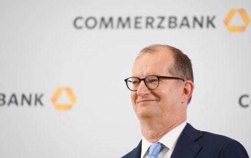 Stoelendans aan de top van Europese banken: wissels bij Commerzbank en Lloyds