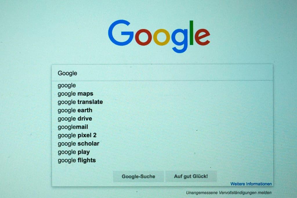 Een zoekopdracht op Google toont een aantal activiteiten waarmee Google bezig is.