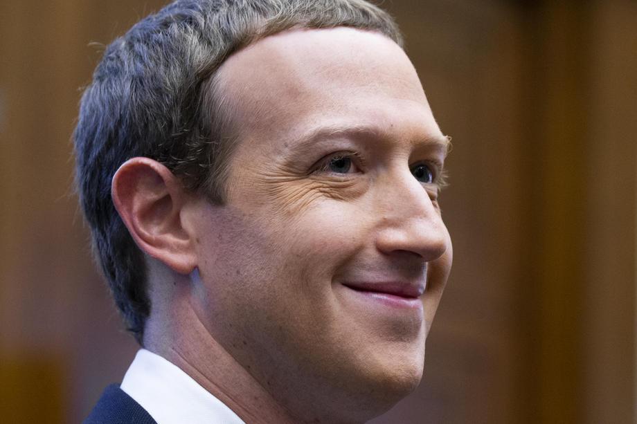 Mark Zuckerberg ne s'inquiète pas, les annonceurs 'reviendront vite' sur Facebook