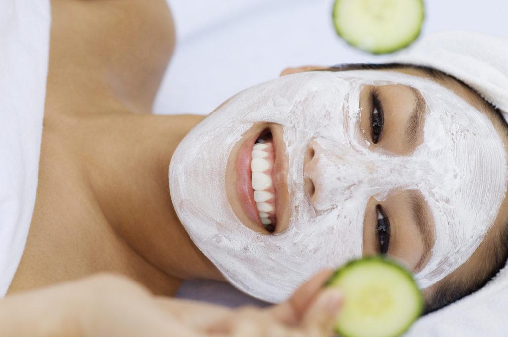 Acne littekens verhelpen met een komkommer facemask