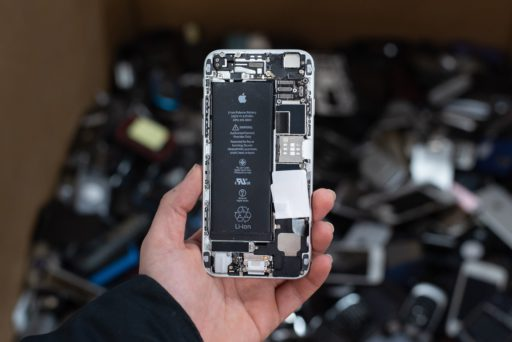 'Apple doit rembourser 60 euros à ses clients pour l'obsolescence programmée de ses iPhones'