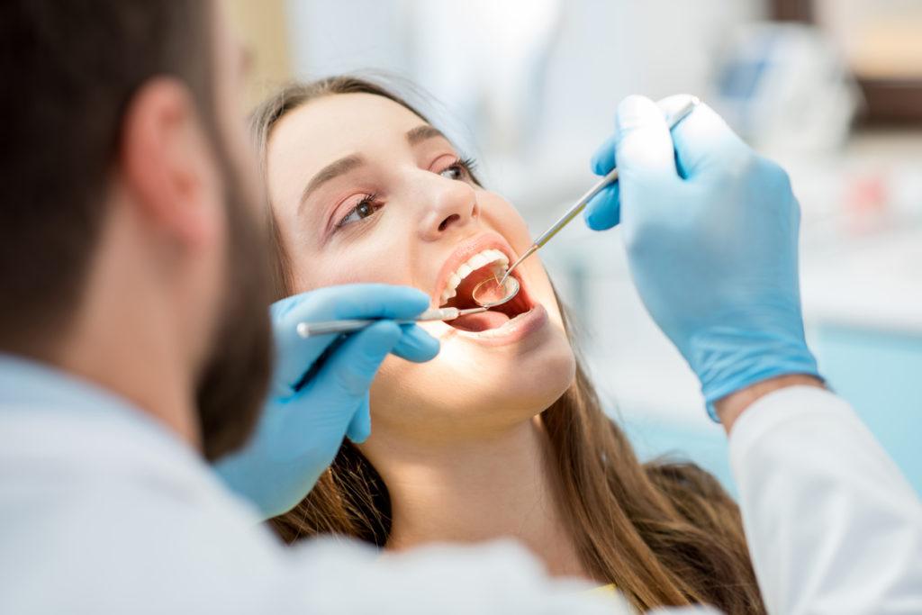 Het belang van een geconventioneerde tandarts bij tandproblemen