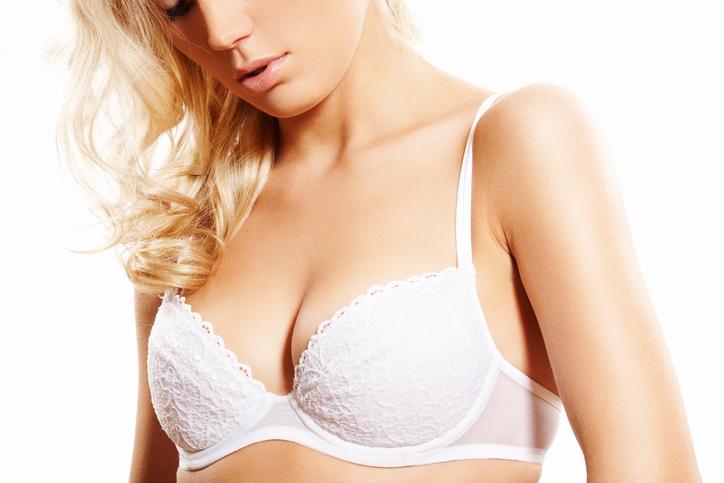 De beste tips om kleine borsten groter te laten lijken