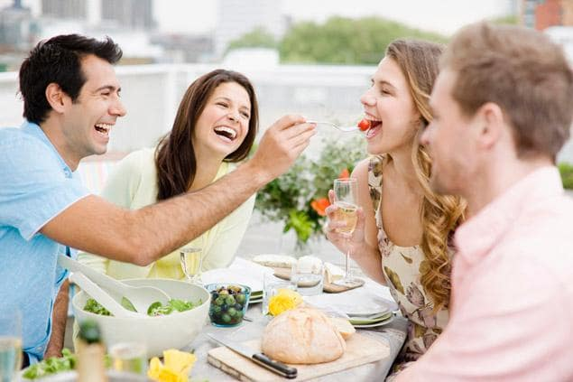Bewezen: deze eetrituelen maken je gelukkiger
