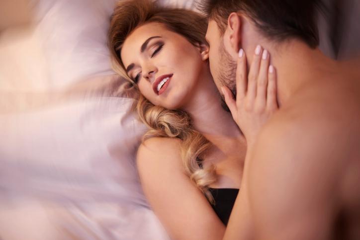 Bewezen: Hierop letten mannen tijdens de seks