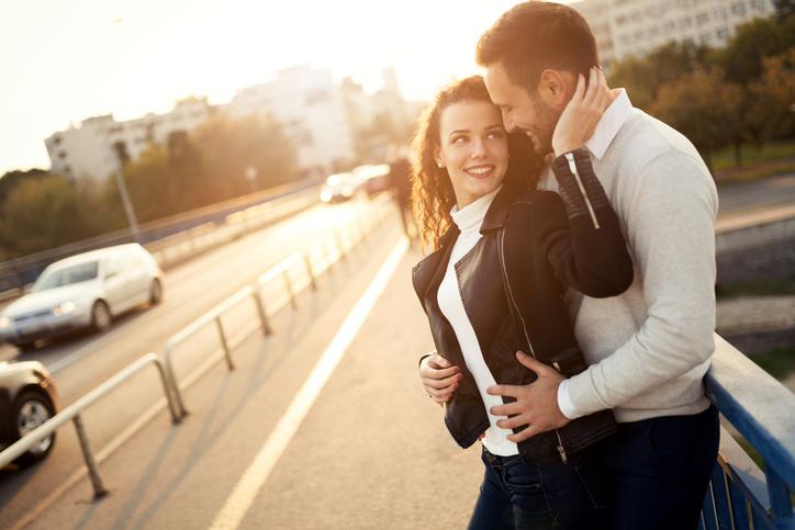 Bewezen: mannen zijn vaker verliefd op het eerste gezicht
