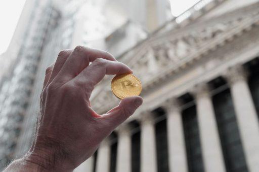 Bitcoin klimt naar hoogste koers ooit en krijgt magische kaap van 20.000 dollar in zicht