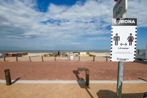 Geen sterke drank aan het strand tot eind september