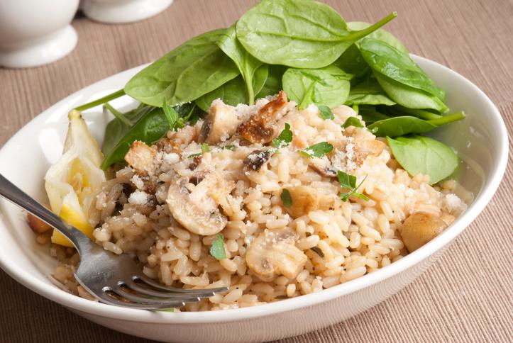 Bruine rijst met spinazie en ricotta