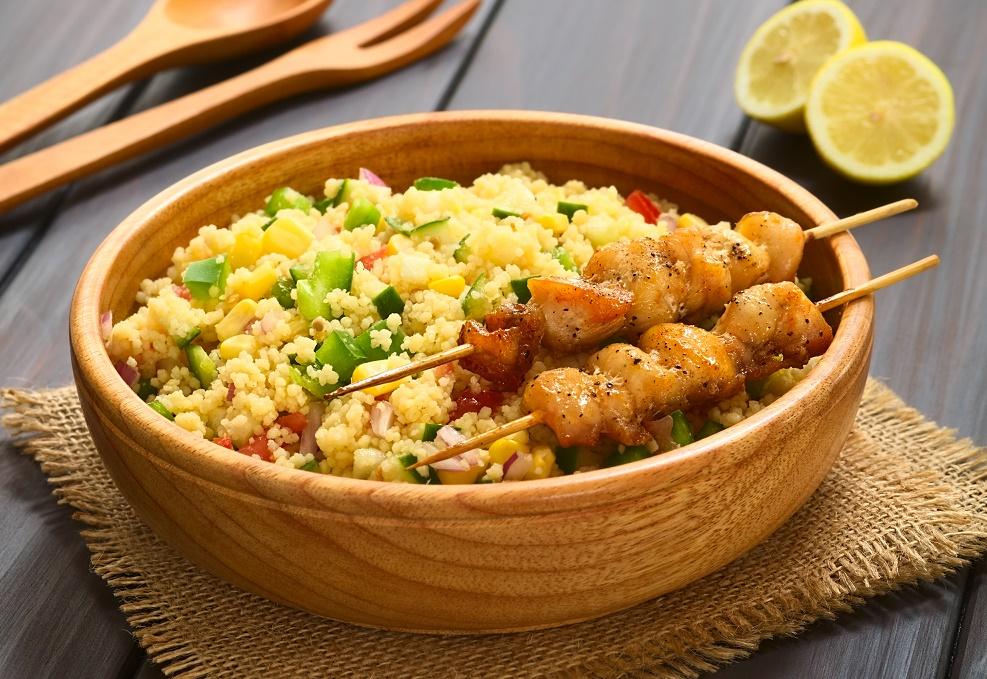 Couscous van kip kerrie met winterse groenten