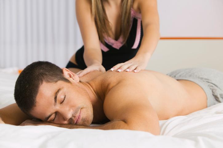 Daarom moet jij je partner vanavond nog een massage geven
