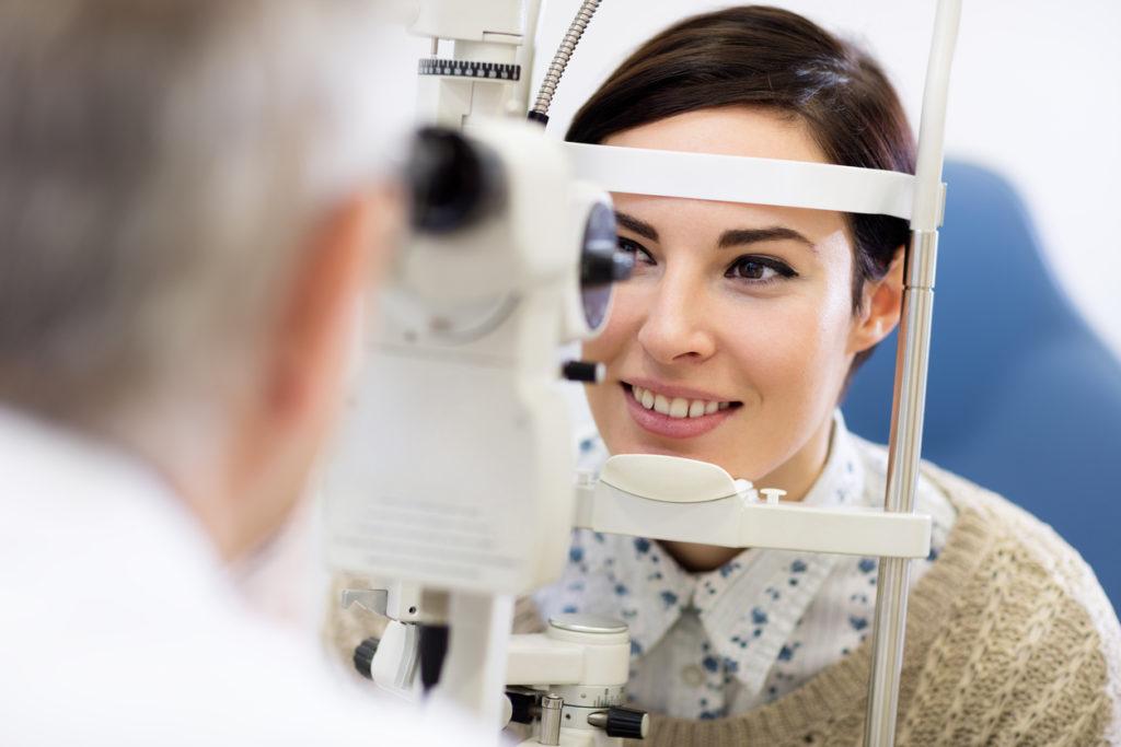 Daarom zijn regelmatige lenscontroles zo belangrijk