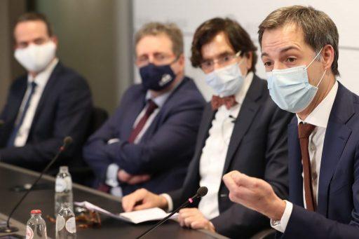 De bubbel vergroten en voltijds contactonderwijs in het middelbaar: wat ligt er op de tafel van het Overlegcomité?