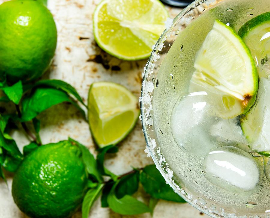 Deze cocktails moet je deze zomer zeker eens uitproberen