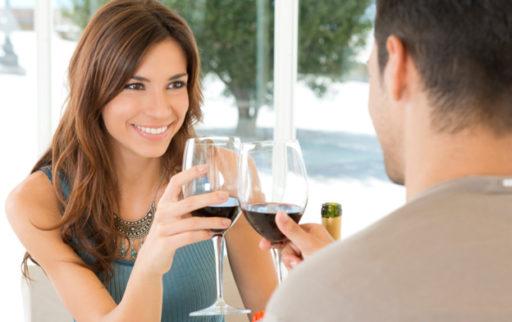 Deze dingen wil hij echt weten maar zal hij nooit durven vragen tijdens je eerste date