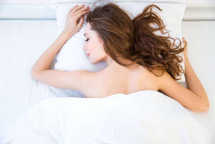 Deze simpele truc helpt je om makkelijker in slaap te vallen!