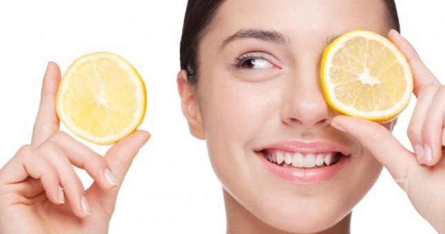Deze voedingsmiddelen moet je zeker vermijden voor een mooie en zuivere huid