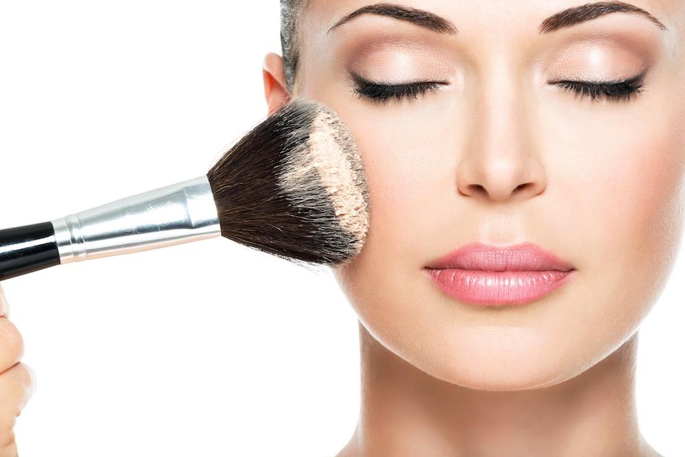 Dit zegt jouw make-up routine over jouw persoonlijkheid!
