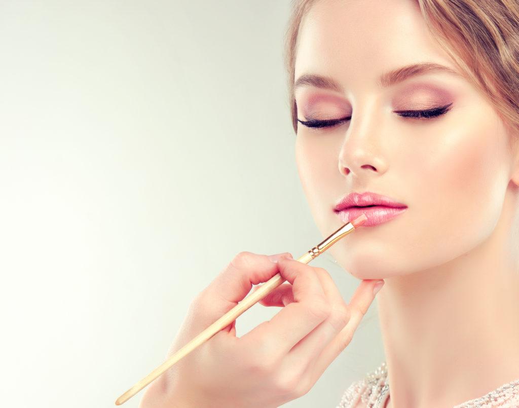 Dit zijn de make-up trends voor deze zomer