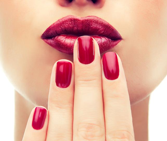 Dit zijn de populairste nagellak kleuren voor de lente en zomer