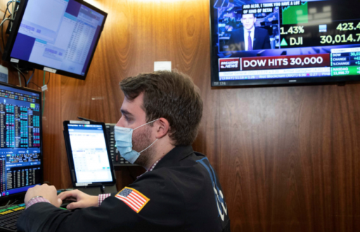 Après le record de Wall Street: 'La fête continue' versus 'la bulle va éclater'