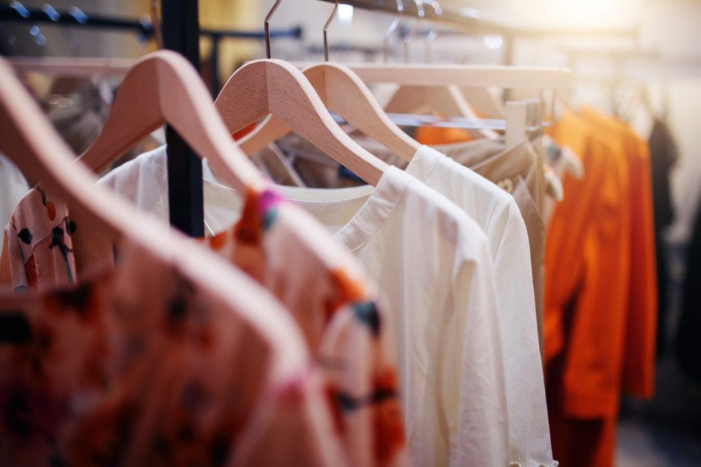 Draag je tijdens het sporten best loszittende of nauwsluitende kledij?
