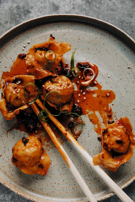 Gezonde inspiratie voor het weekend: 3 recepten uit 'Dumplings & Noedels' + win 5 exemplaren