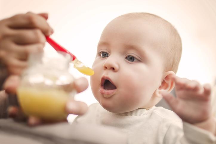 De eerste hapjes van je kind: tips & tricks