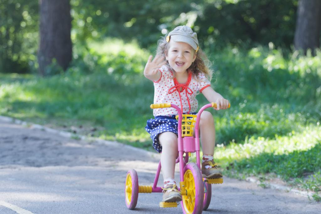 Het eerste kinderfietsje: loopfiets of driewieler?