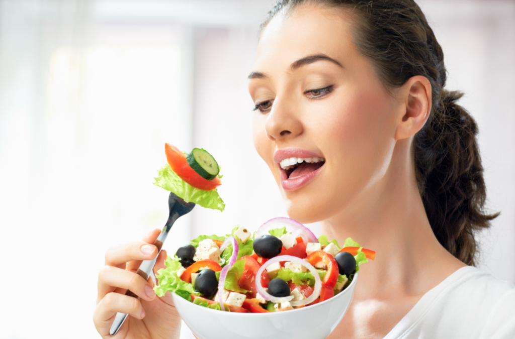 Eet je mooi: 5 voedingstips voor een stralende huid!