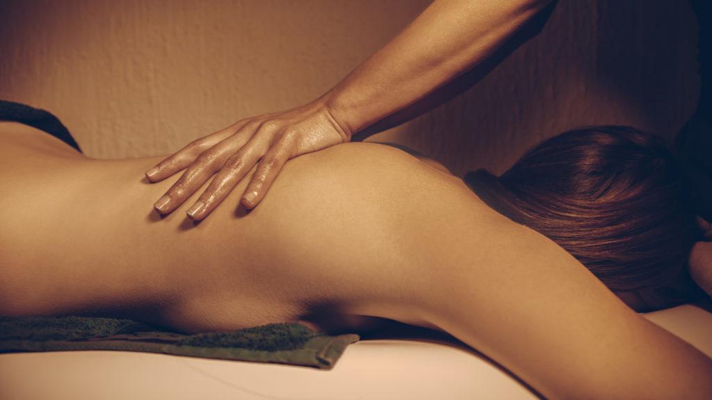 Erotische massage als onderdeel van het liefdesspel
