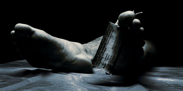 dead death man feet label