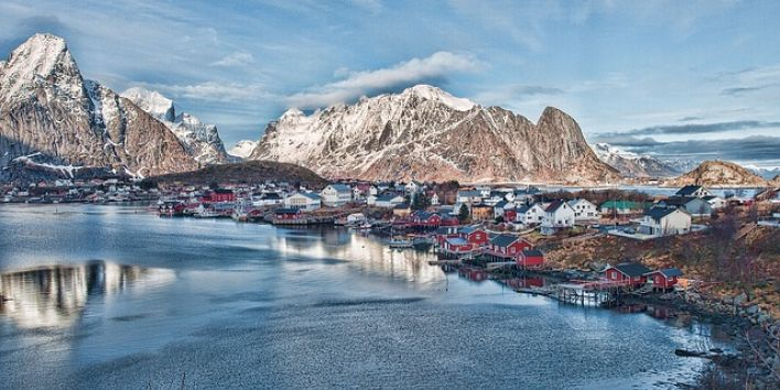 reine norway village