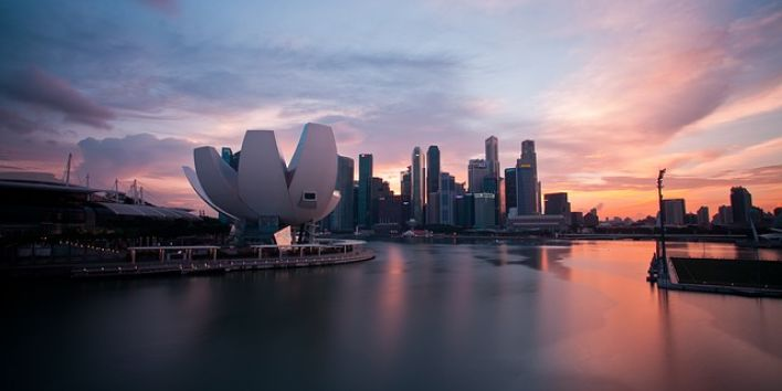 singapore skyline pink sky