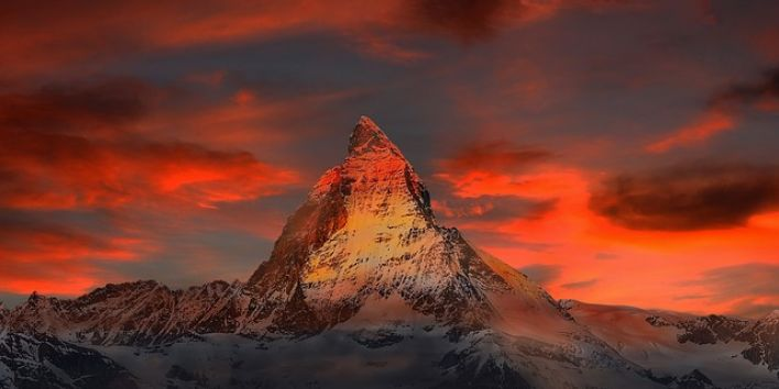 switzerland-mountain snow red sky