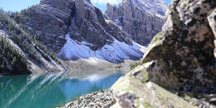 lake-agnes-alberta canada